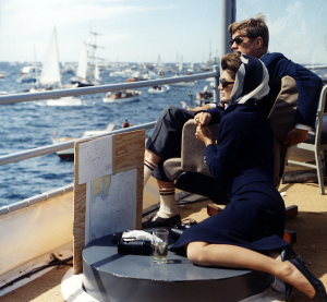 1024px-President_Kennedy_and_wife_watching_Americas_Cup,_1962